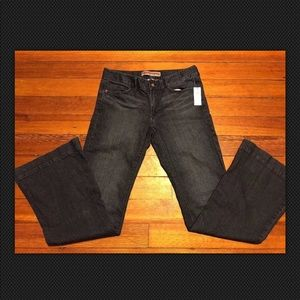 Gap Low Rise Bell Jeans Size 8 NWT MSRP $49.99